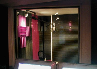 Vocal-Recording-Booth